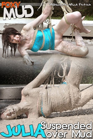Julia - Suspended over mud