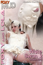 Lola - White swan 2